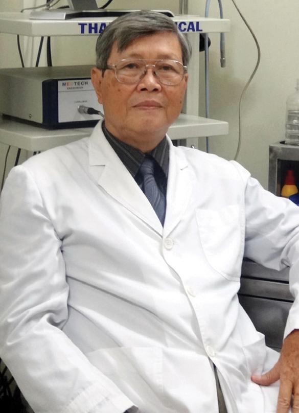 Giáo sư - Tiến sĩ Nguyễn Hữu Khôi, Nguyên chủ nhiệm Bộ môn Tai - Mũi - Họng, Bệnh viện Đại học Y Dược TP. Hồ Chí Minh