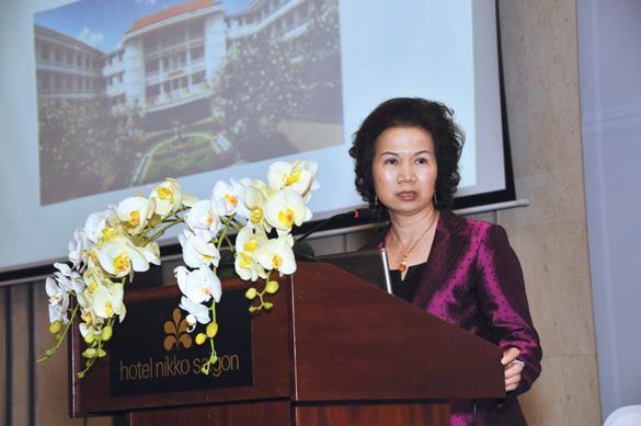 Tiến sĩ Trần Thị Phương Thu - Chủ tịch Hội Nhãn khoa TP.HCM, nguyên Giám đốc BV Mắt TP.HCM
