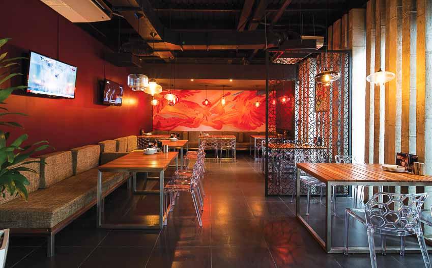 nha-hang-bia-Vuvuzela–Beer-Club-khong-gian-soi-dong-moi-3