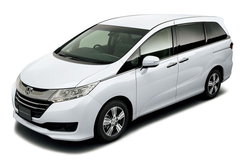 2014-Honda-Odyssey-white-body-color