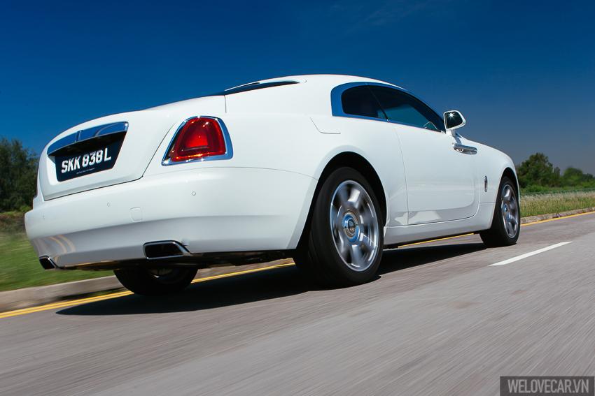 Rolls-Royce Wraith với phong cách, sức mạnh và độ quyến rũ khó cưỡng- Photo 16