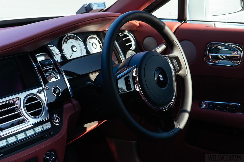 Rolls-Royce Wraith với phong cách, sức mạnh và độ quyến rũ khó cưỡng- Photo 06