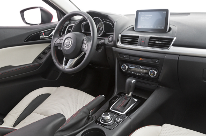 2014-mazda3-hatchback-interior_2231