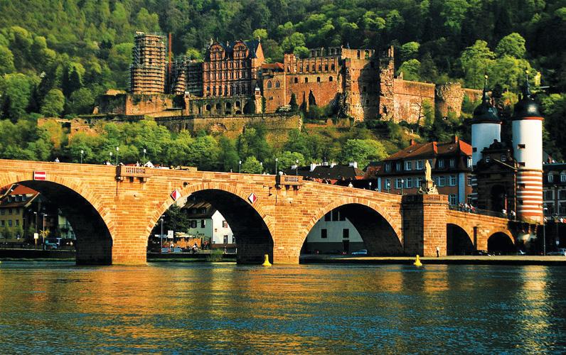 6 thành phố thu hút du khách ở châu Âu