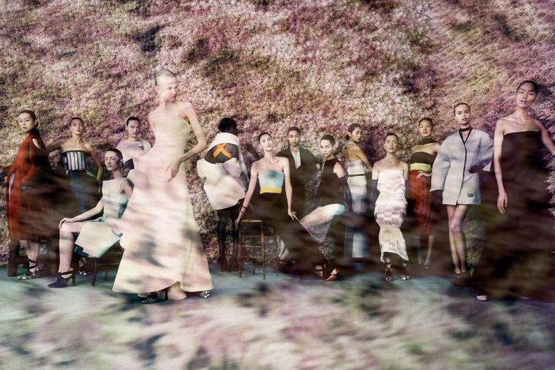 Dior-The Legendary Images_fQ5wNE_displaywidetall