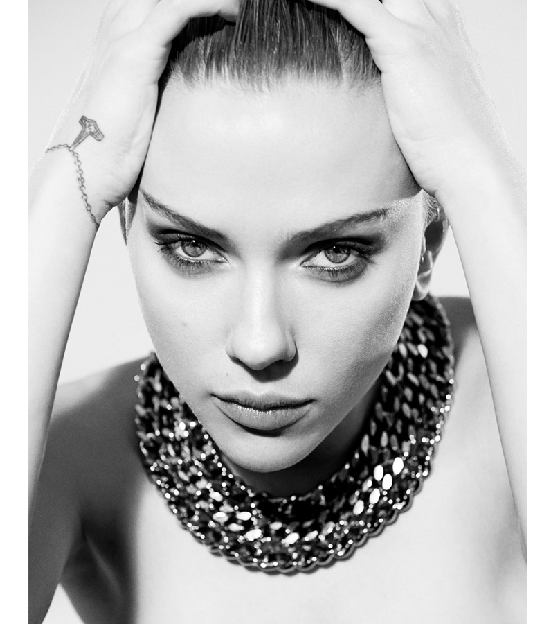 DN571_Tieudiem220814_Scarlett-Johansson-8