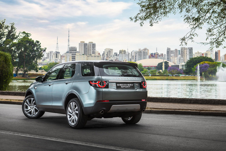 2015-land-rover-discovery-sport-in-sao-paulo-brazil_100487788_h