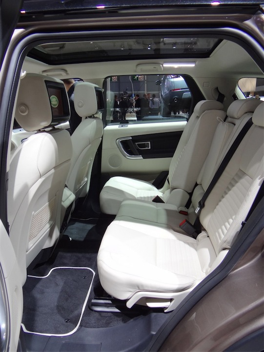 2015-land-rover-discovery-sport_100483154_l