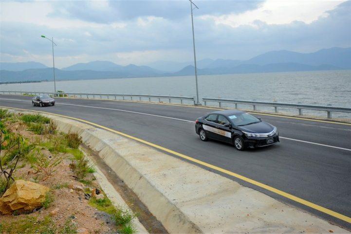 Corolla Altis 2014 (8)