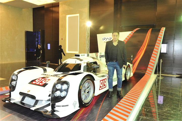 Porsche_9238