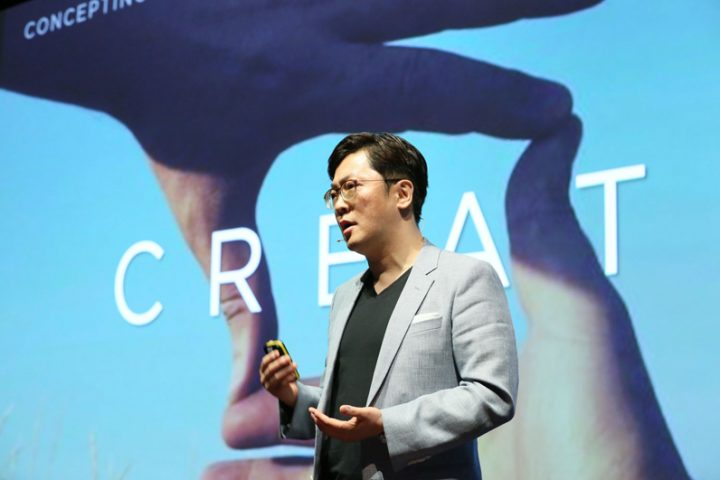 2-Joonsuh Kim talks about the design of the new Huawei P8