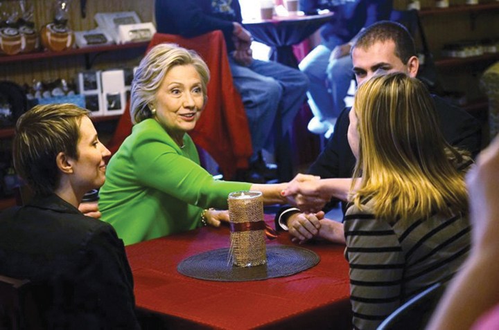 DN606_Hoso080515_Hillary-Clinton
