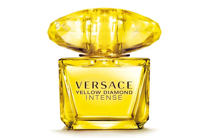 DN619_TinMP070815_Versace