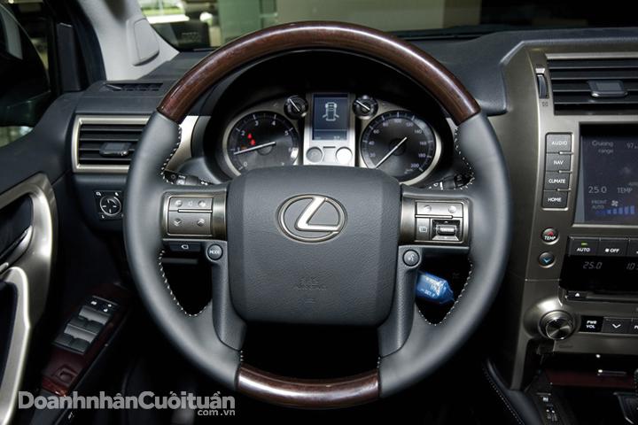 DN622_XH280815_Lexus-GX460 - 5