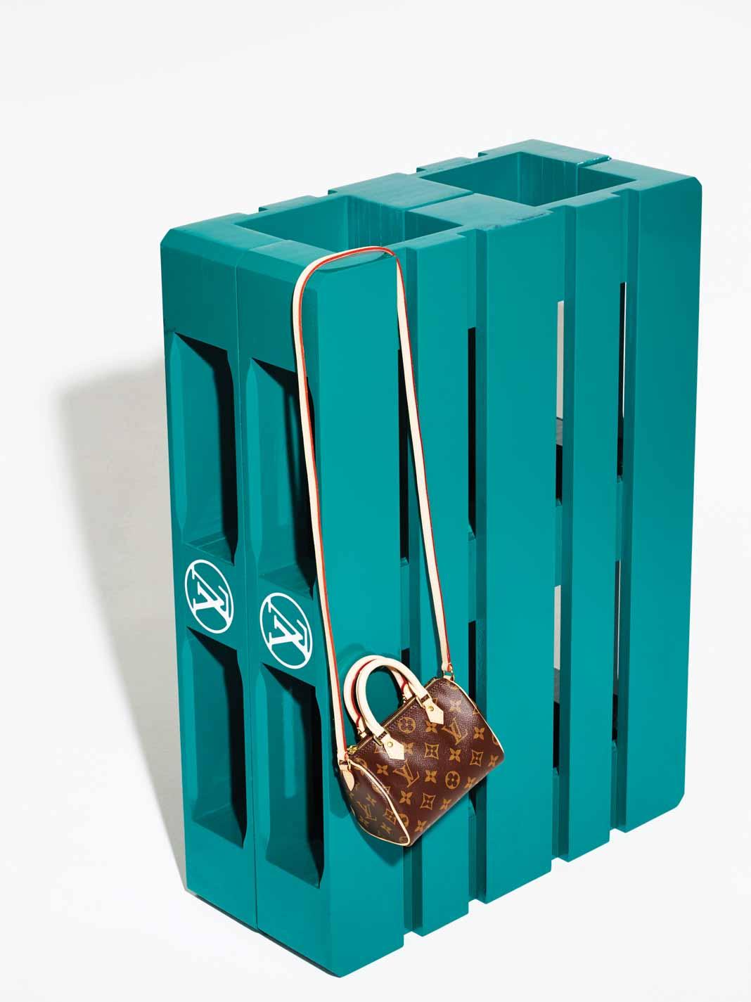 tui-nano-Louis-Vuitton-TT-619-2015-2