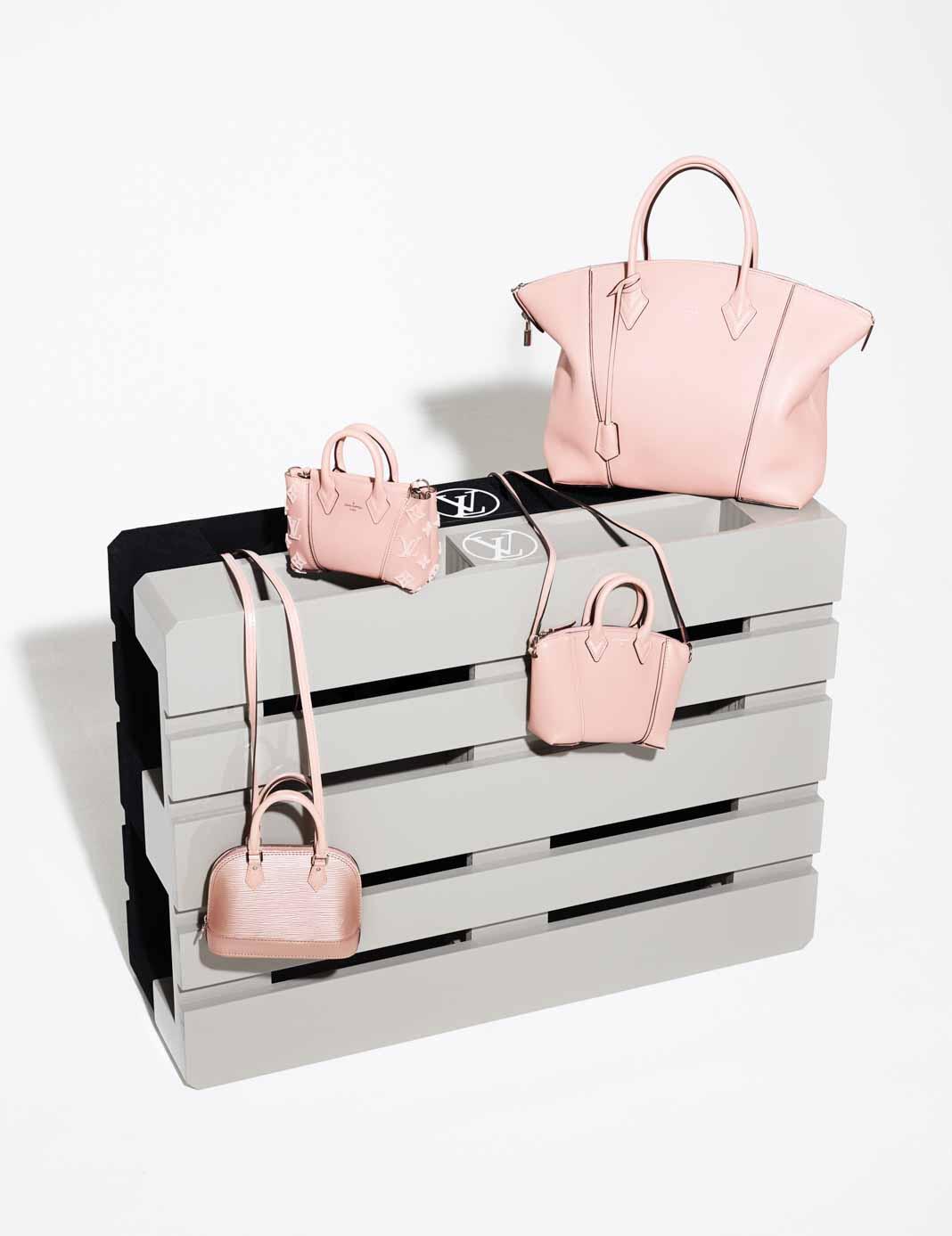 tui-nano-Louis-Vuitton-TT-619-2015-5