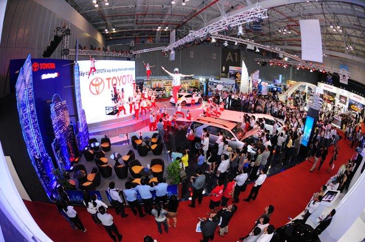 DN-tin-300915- Motor Show 2015 (2)