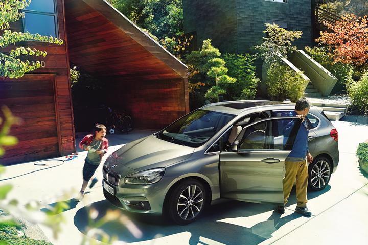 DN628_XH091015_VIMS-2015-BMW-5