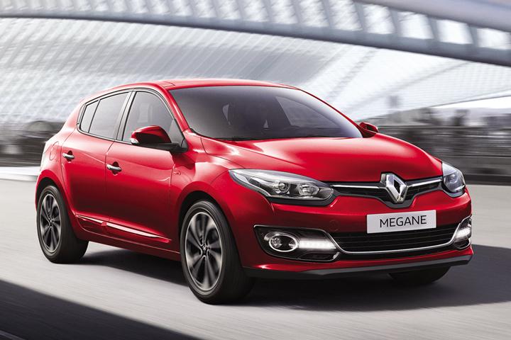 DN628_XH091015_VIMS-2015-Renault-4