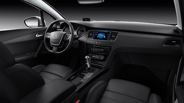 DN630_XH231015_VMS2015_Peugeot-11