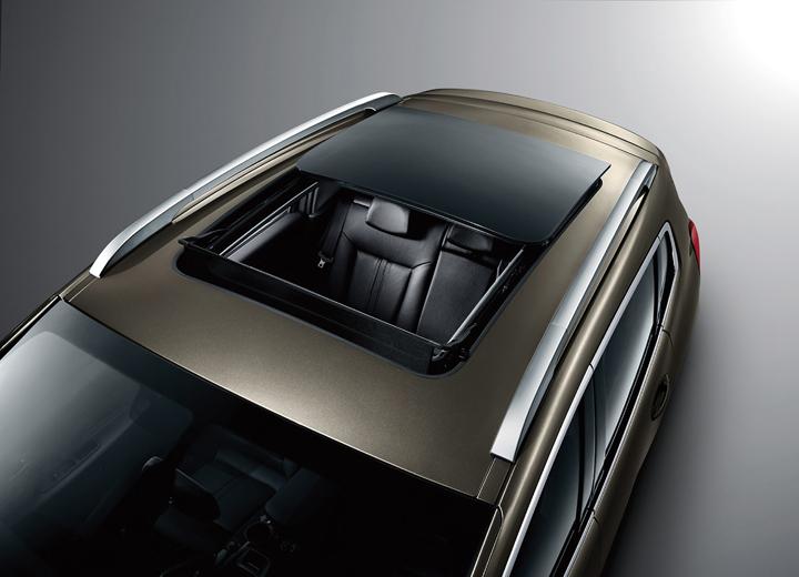 DN630_XH231015_VMS2015_Peugeot-7