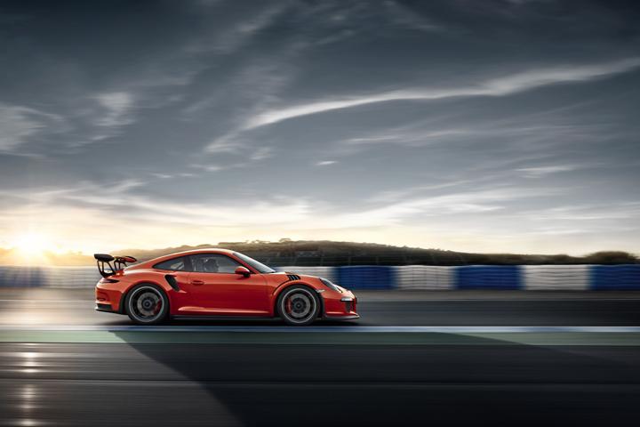Phiên bản 911 GT3 RS mới nhất.