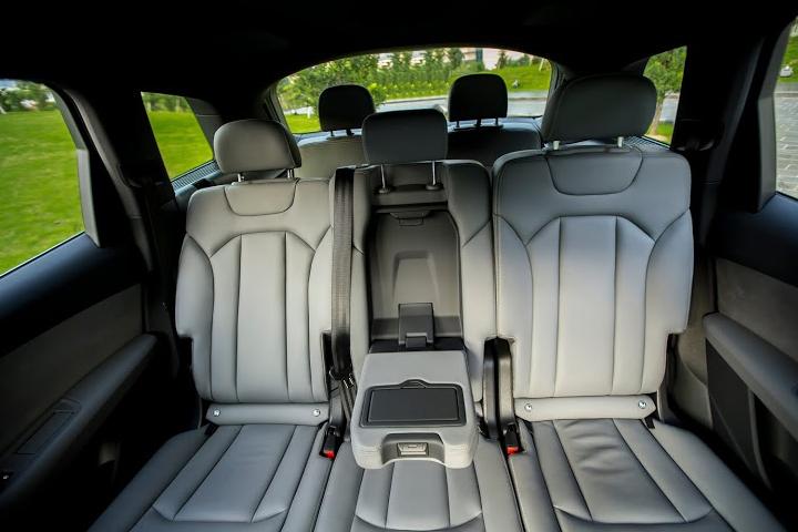 Dn-tin-101015-Audi Q7-13