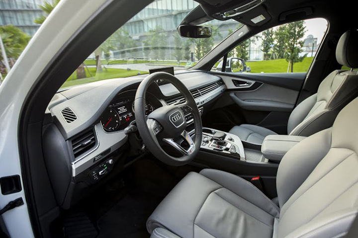 Dn-tin-101015-Audi Q7-14