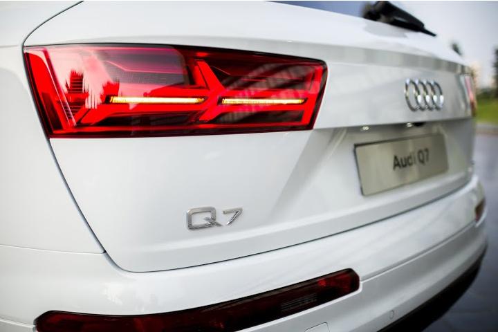Dn-tin-101015-Audi Q7-9