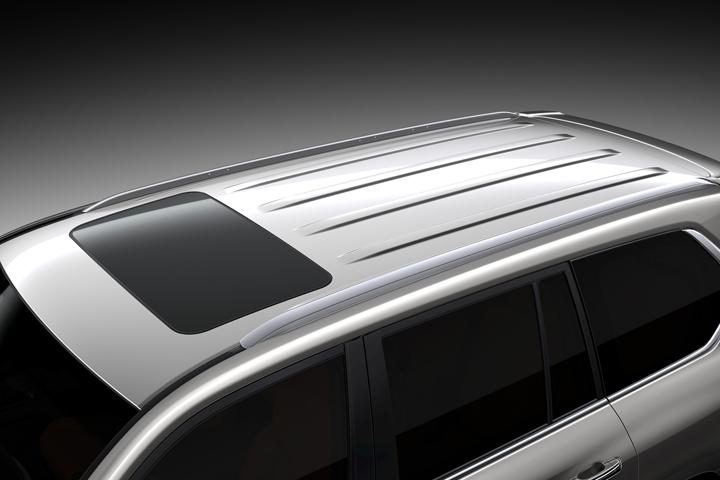 Dn-tin-201015-Lexus-12