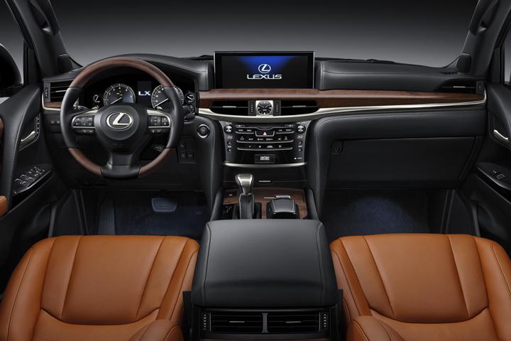 Dn-tin-201015-Lexus-3