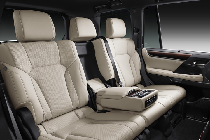 Dn-tin-201015-Lexus-9