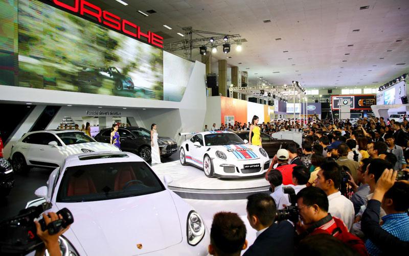 Khu trưng bày của Porsche