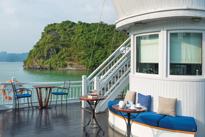 DN645_DD260216_Paradise-Hotels-9