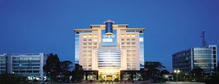Trường SaigonTech là phân hiệu chính thức và duy nhất tại Việt Nam của Đại học Cộng đồng Houston, Texas, Mỹ