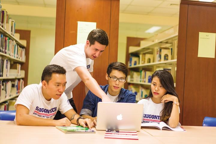 Môi trường học tập đa văn hóa tại SaigonTech