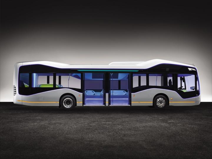 Mercedes-Benz Future Bus mit CityPilot; teilautomatisiert fahrender Stadtbus mit Ampelerkennung; Hindernis- und Fußgängererkennung; 10 Kameras; automatisierte Haltestellenfahrten; Radarsysteme für Nah- und Fernbereich Basisfahrzeug: Mercedes-Benz Citaro; OM 936 mit 220 kW/299 PS; 7,7 L Hubraum, Länge/Breite/Höhe: 12.135/2.550/3.120mm // Mercedes-Benz Future Bus with CityPilot; semi-automated city bus with traffic light recognition; recognition of obstacles and pedestrians; automated bus stop approaches basic vehicle: Mercedes-Benz Citaro; OM 936 rated at 220 kW/299 hp; displacement 7.7 l; length/width/height: 12135/2550/3120mm