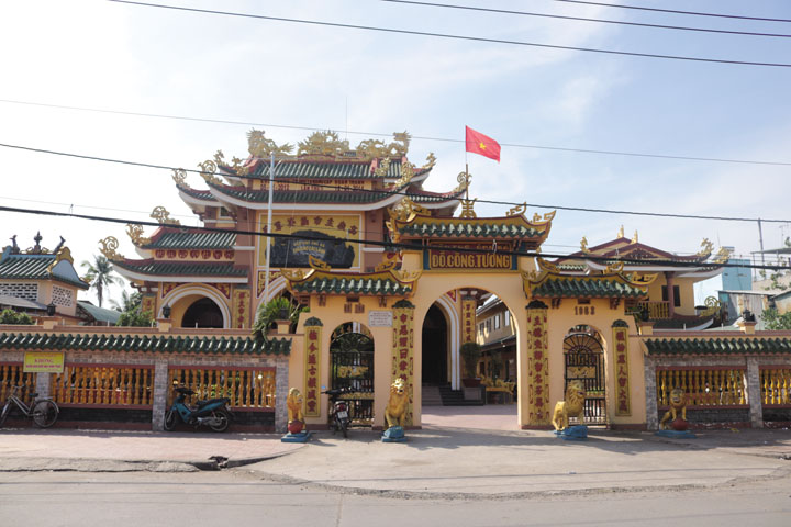 den-tho-chu-cho-cao-lanh-dong-thap-dl-700-2017-3