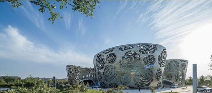 Bao-tang-Rose-Museum-Tin-150517-2