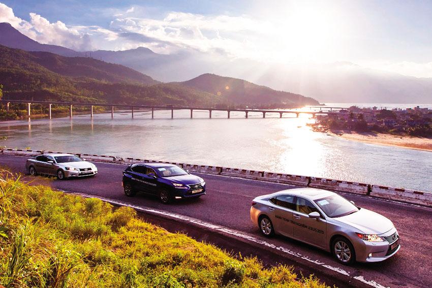 Lexus-hanh-trinh-trai-nghiem-tuyet-voi-tai-viet-nam-DN&Xe-705-2017 ok