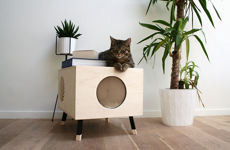 modern-wood-cat-house-side-table-020517-1147-01