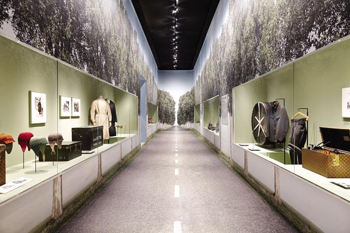 Louis-Vuitton-Seoul-Han-Quoc-DDXH-713-2017