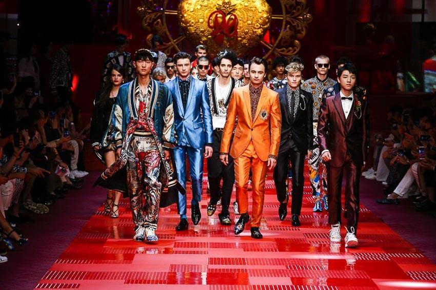 DN-Dolce-&-Gabbana-chao-san-chinh-thuc-Tin-171117-1