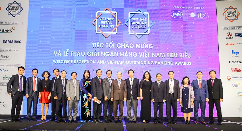 DN-Home-Credit-VN-ngan-hang-tieu-bieu-Tin-081217-2