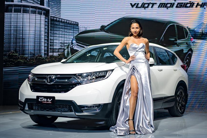 DN735-Thi-truong-oto-Viet-Nam-mua-mua-sam-cuoi-nam-XH-2017-6