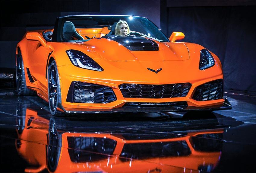 DN736-Los-Angeles-Motor-Show-2017-Chevrolet-Corvette-ZR1-Convertible-XH-2017