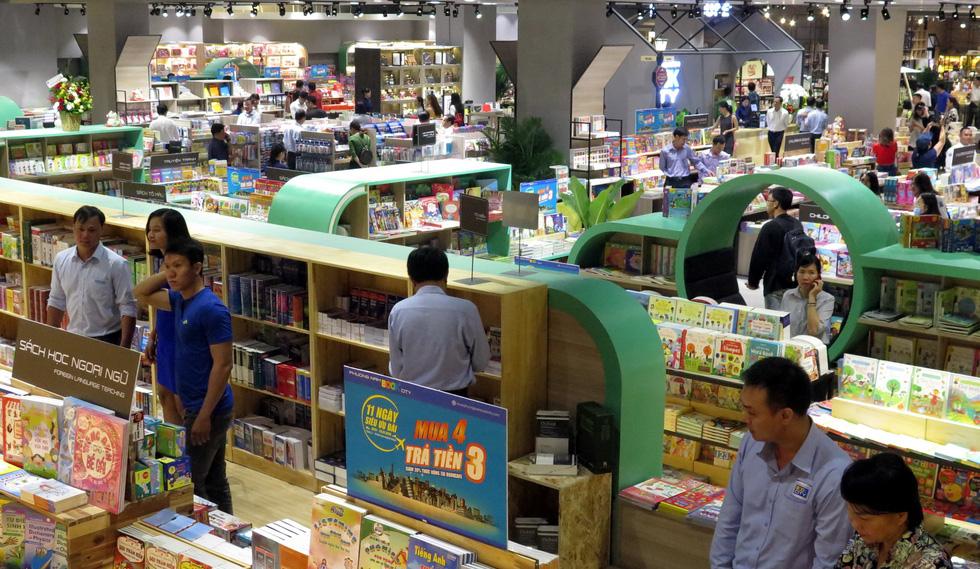 Thành phố sách châu Âu quyến rũ giữa Sài Gòn.