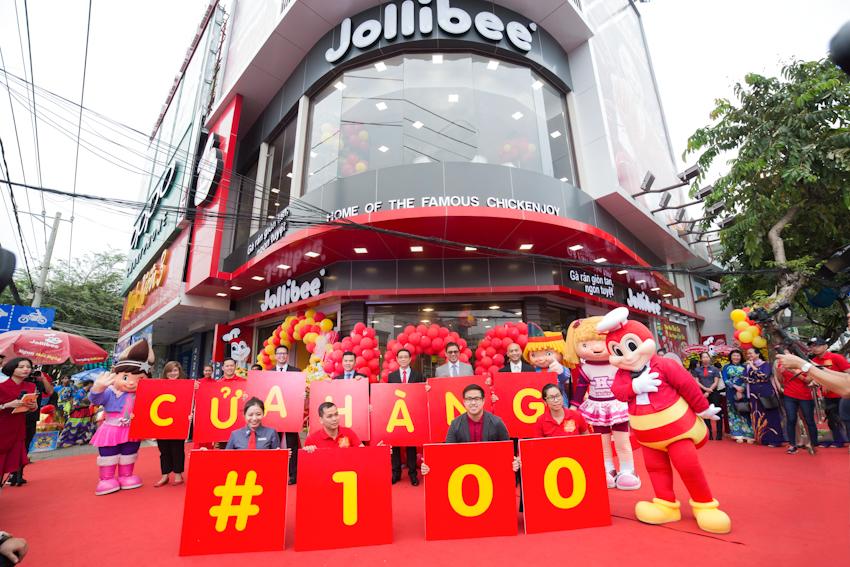 Jollibee khai trương cửa hàng thứ 100 tại VN