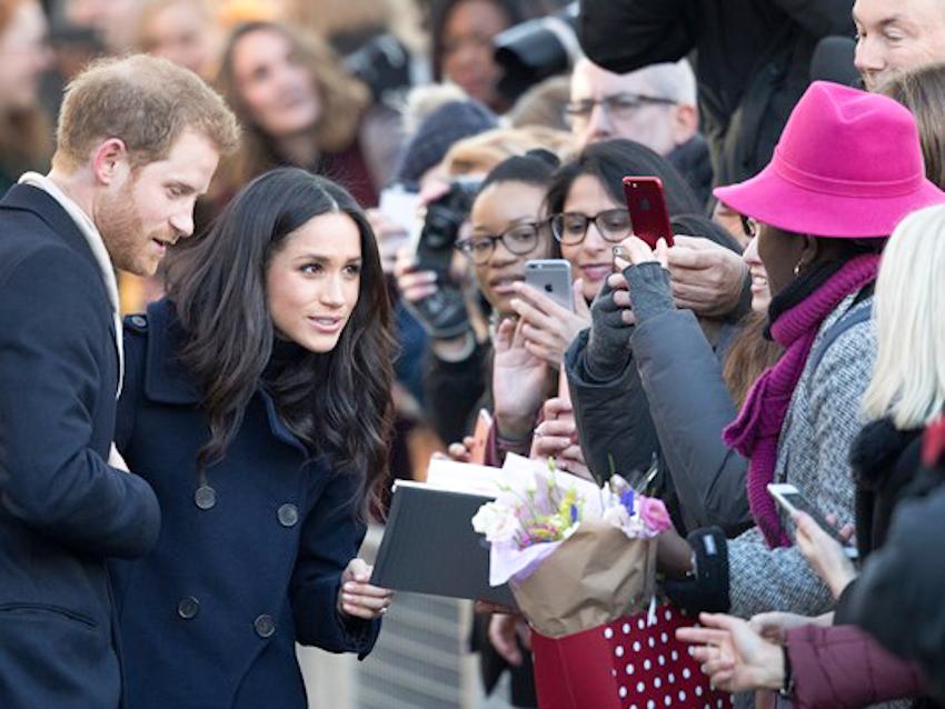 Cặp đôi hoàng gia Anh Hoàng tử Harry - Meghan Markle tìm trợ lý truyền thông riêng