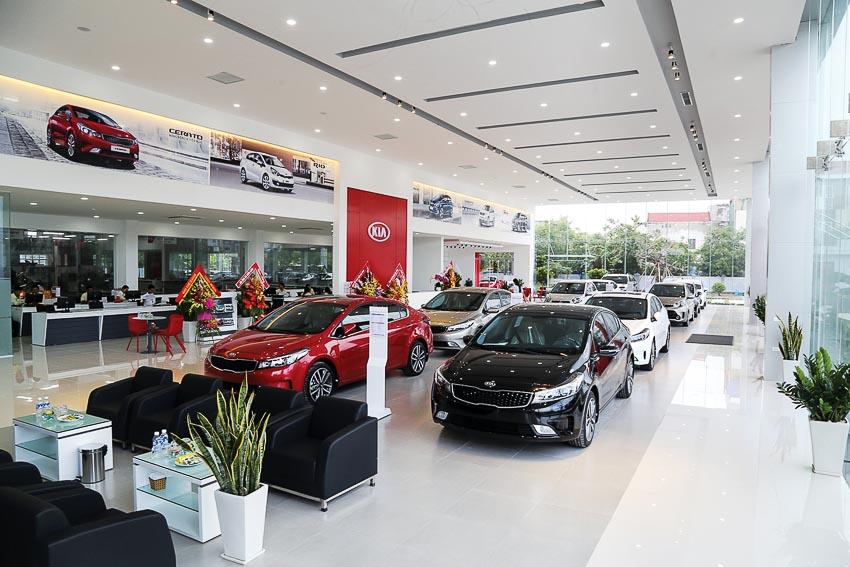 Thị trường ôtô Việt Nam: Tiến thoái lưỡng nan